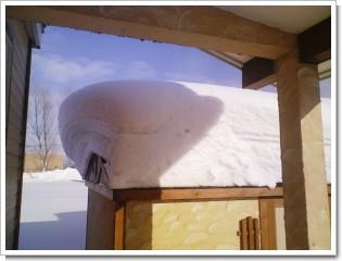 物置積雪.jpg