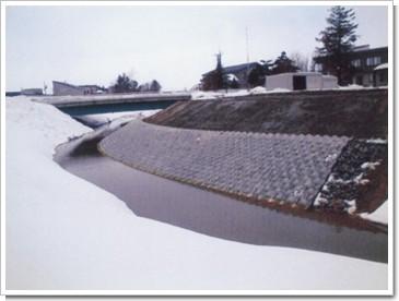 ダルミ川.jpg