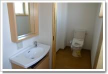 2階トイレ洗面.JPG