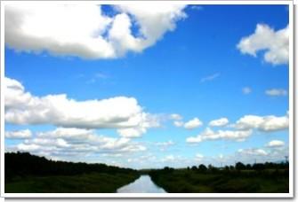 11 運河へつづく空.jpg