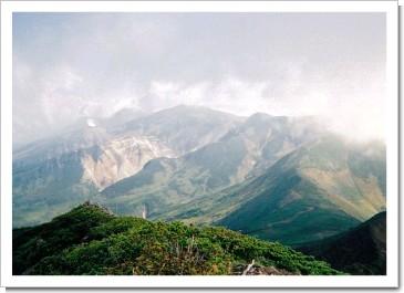 富良野岳より十勝岳