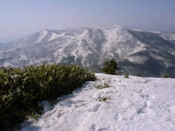 札幌山岳会狩勝山からの遠望 121.jpg